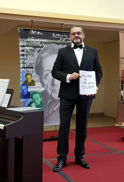 Imagini de la evenimentul Enescu pe înțelesul tuturor de la Zalău