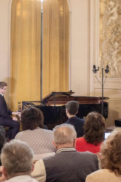 Imagini de la recitalul de pian susținut de VICTOR-GABRIEL ANTONESCU și DRAGOȘ-DANIEL SALIU, 12 mai 2019