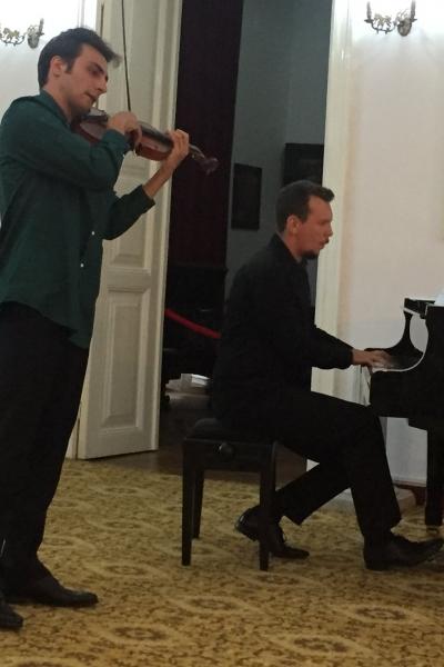 Imagini de la recitalul cameral susținut de Aron Cavassi și Iulian Ochescu la Tescani, 7 septembrie 2019
