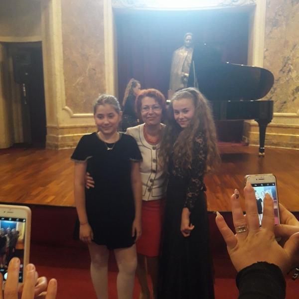 """Imagini de la Gala laureaților concursului """"PRO PIANO - MUZICĂ ROMÂNEASCĂ"""" din 18 mai 2018"""